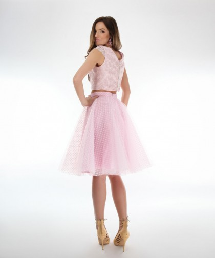 fusta roz din tulle