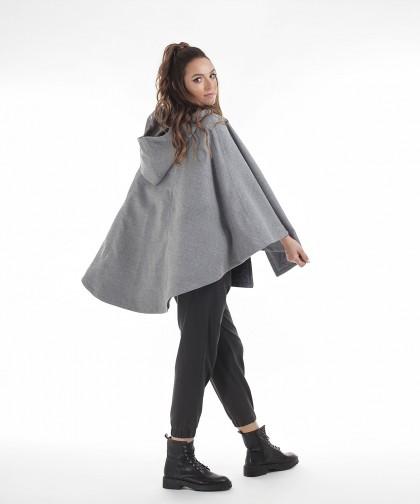 capa din stofa de lana gri