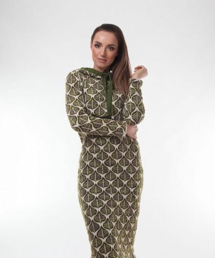 rochie tricotata cu gluga