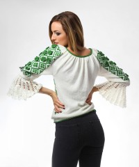 bluza tricotata cu model traditional