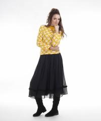 pulover galben cu model floral