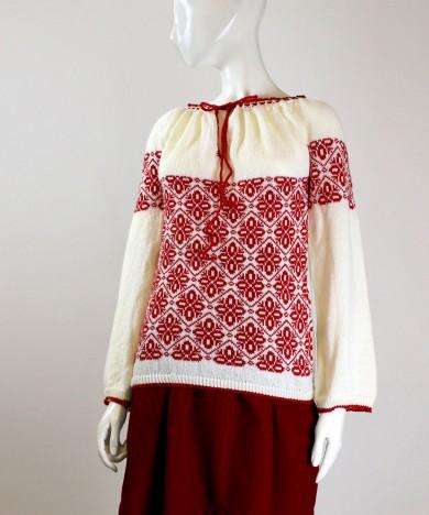 ie tricotata cu model rosu 02