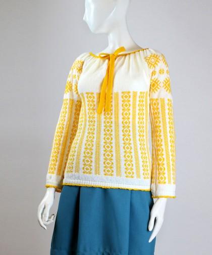ie tricotata cu model galben