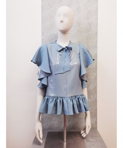 bluza albastra din matase naturala