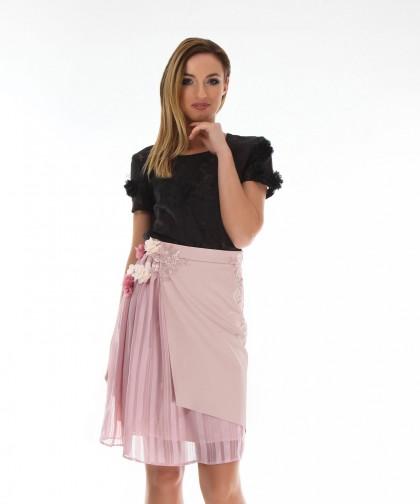 fusta roz asimetrica